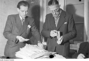 Zählen von Stimmen 1946. Partizipation muss aber nicht Wählen heißen...