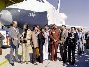 Originalbesetzung von Star Trek und Space Shuttle