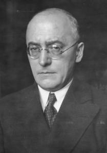 Foto vom ehemaligen Reichskanzler Heinrich Brüning, Architekt einer fatalen Sparpolitik